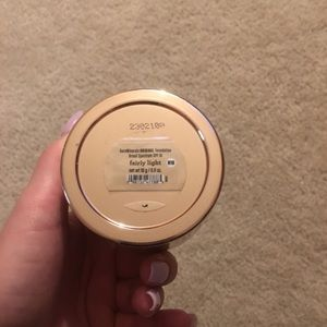 Bare minerals original foundation in barely light